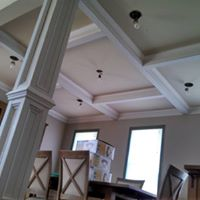 Crown moulding in kitchen