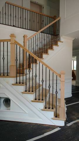 Wooden balusters with iron spokes