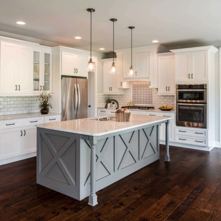 Stylish farmhouse kitchen remodel