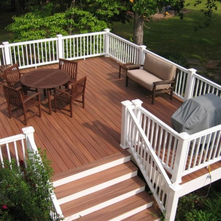 Beautiful spacious deck addition