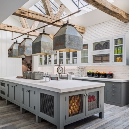 Farmhouse kitchen remodeling