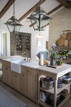 Farmhouse kitchen remodeling